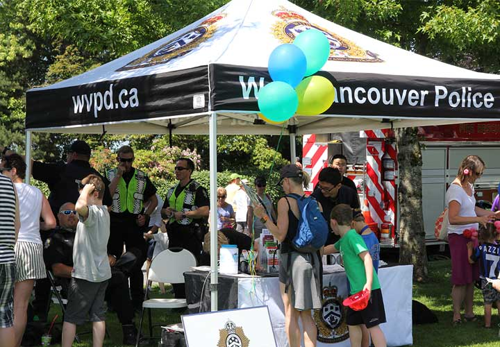 On June 6, E-Comm joined our partners in West Vancouver for the annual West Vancouver Community Day.