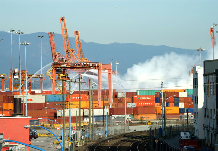 chemical fire at Port Metro Vancouver
